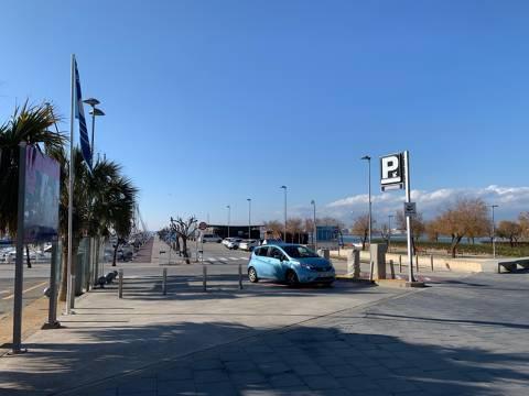 El Port Esportiu treu a concurs la renovació de pantalans, de boies de fondeig i el control d'accés a l'aparcament