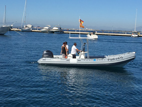 New boat to control buoys in Roses